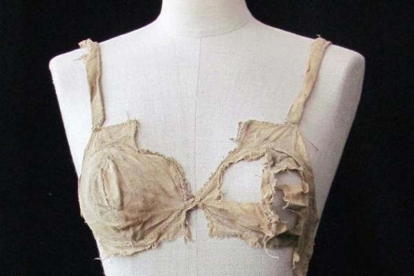 600-year-old linen bras found in Austrian castle