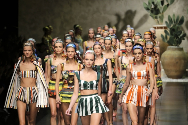 Hemlines rise and fall for Summer 2013 Milan Fashion Week
