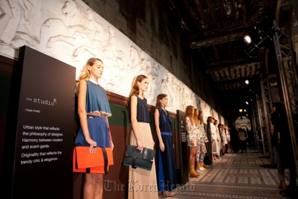 Korean fashion captures eyes of the style capital