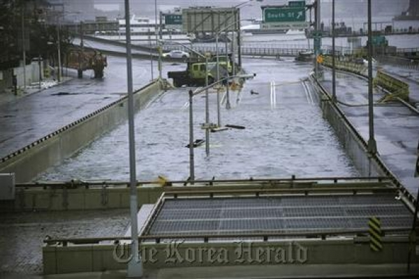 Extreme weather tough on U.S. transport system