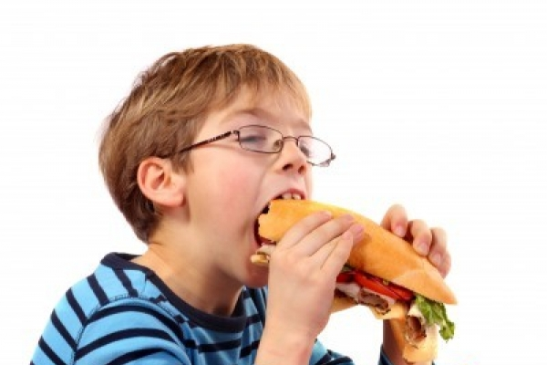 Children having 'adult's diet' healthiest: study