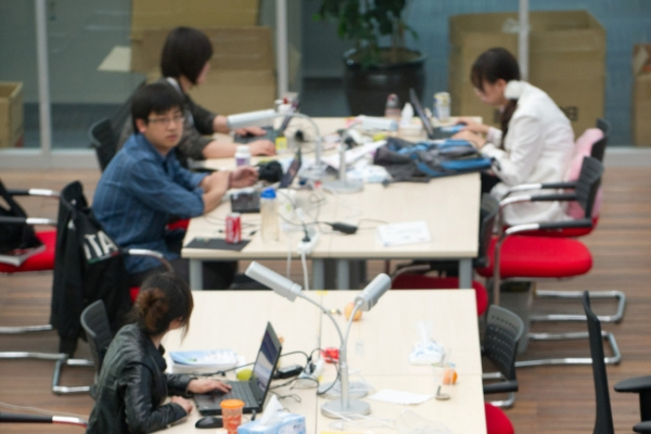 In China, death from overwork becomes common