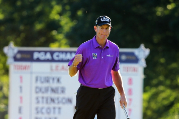 Furyk in lead heading to final round