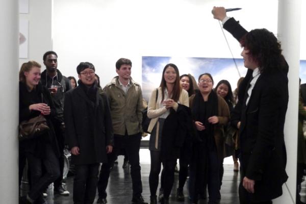 Singer opens Dokdo Art Show in New York