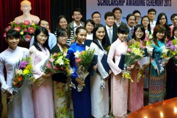 Pony Chung Foundation awards scholarship