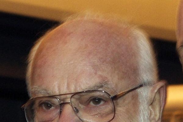 Saul Zaentz, producer of Oscar winners, dies at 92