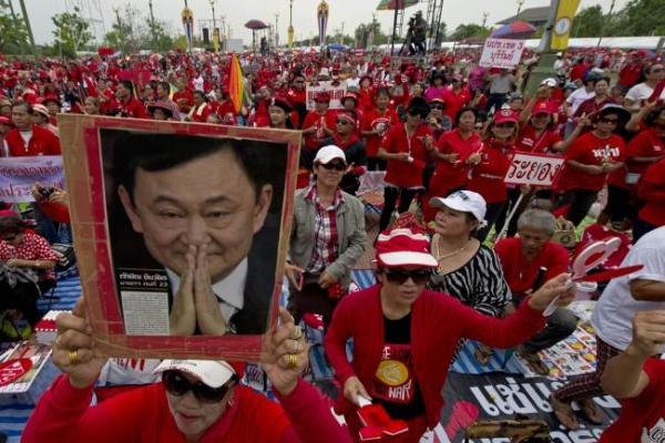 Thaksin 'ready to sacrifice family'