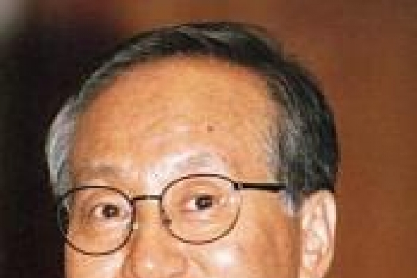 Former foreign minister Hong dies at age 77