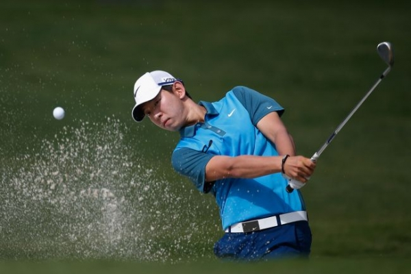 Johnson fires 65 to take Colonial lead