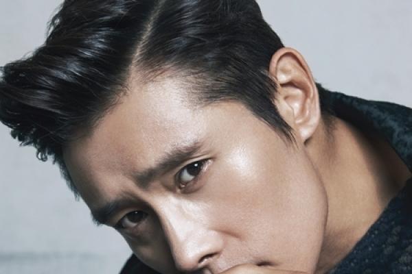 Lee Byung-hun knows Giorgio Armani