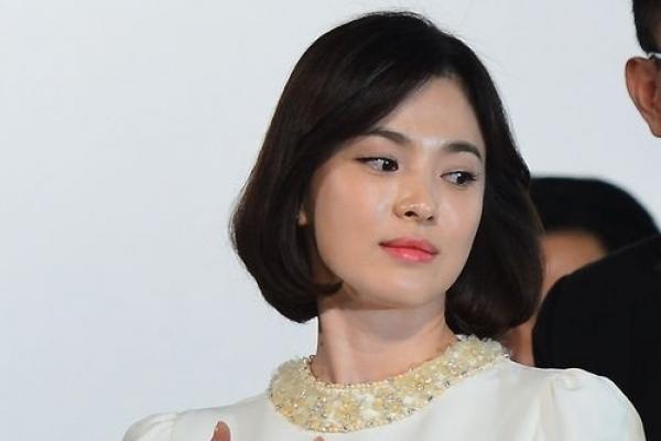 Song Hye-kyo sticks to promotional event despite tax evasion fiasco