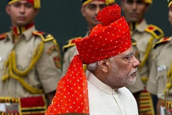 Indian leader Modi dressed for success
