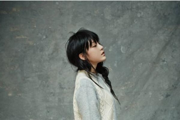 Kara member Goo Ha-ra's romantic pictorial