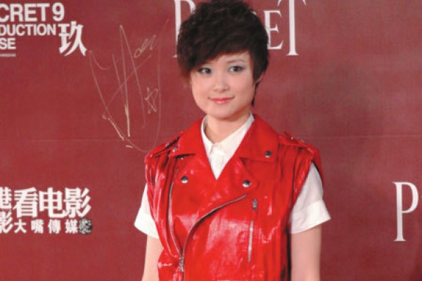 Chinese media find local stars more bankable