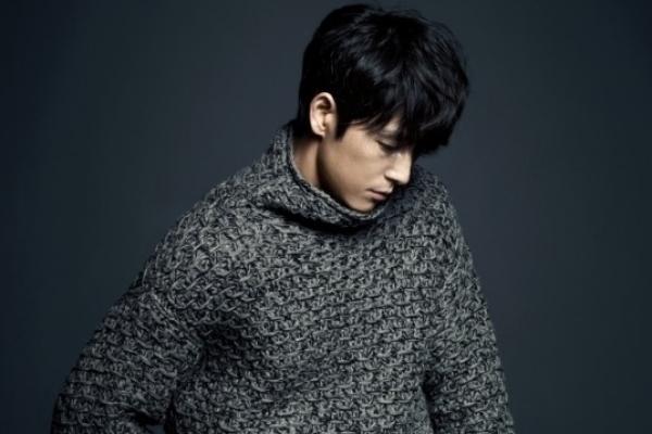 Jung Woo-sung crowned 'Mr. Gentleman'