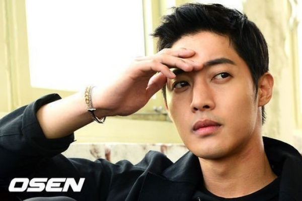 Kim Hyun-joong to join military in March: source