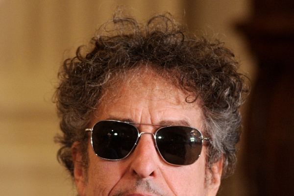 Compelling study of Dylan's later life