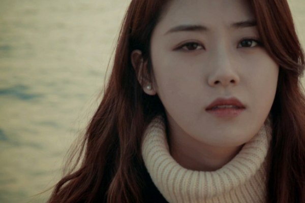Gayoon releases ballad cover of BEAST's '12:30'