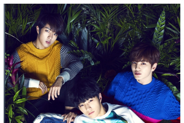 Infinite F unveils first Korean EP 'Love's Sign'