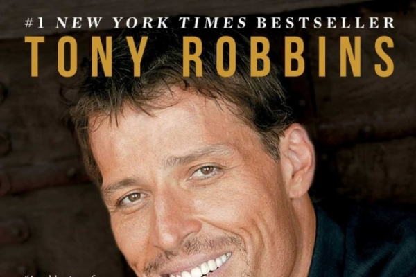 Self-help guru Tony Robbins wants to make you rich