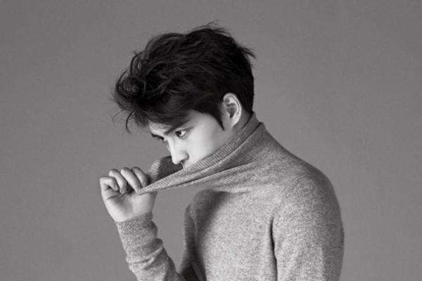 Jaejoong thanks his fans in Harper's Bazaar