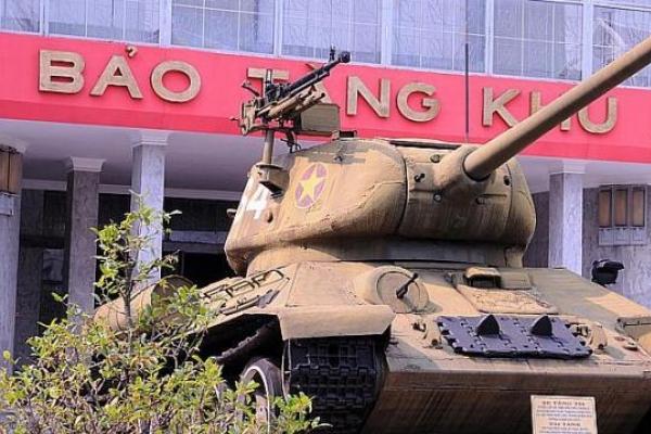 40 years after end of Vietnam War: Let bygones be bygones