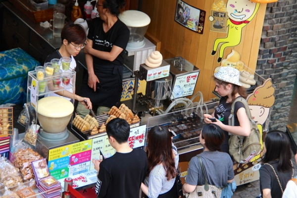 [Weekender] Street pastries that are uniquely Korean