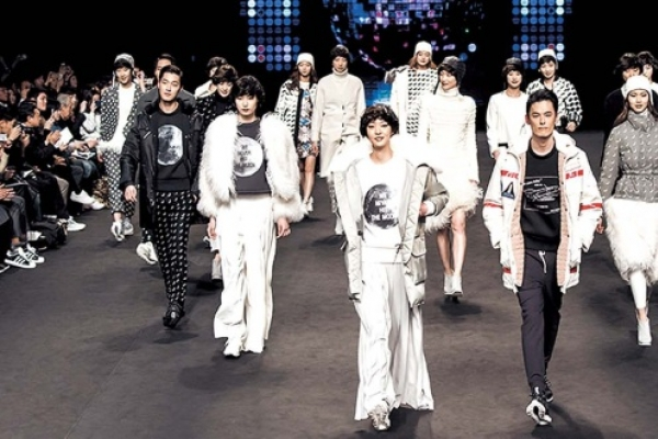 Seoul rings in month of fashion