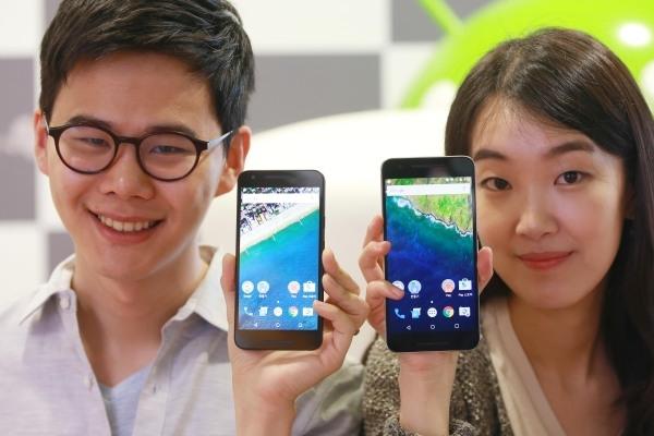 Smartphones may ruin your eyes