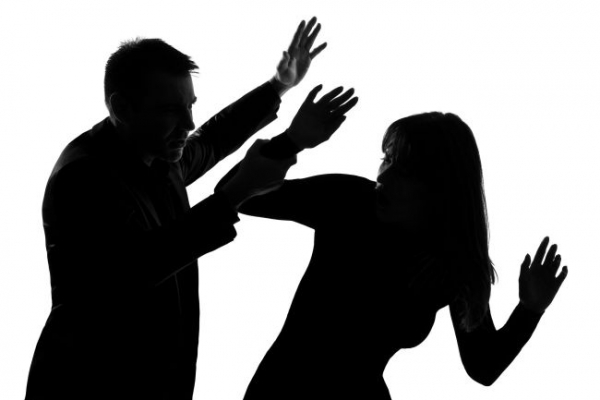 Korean court, college blasted for dating abuse lenience