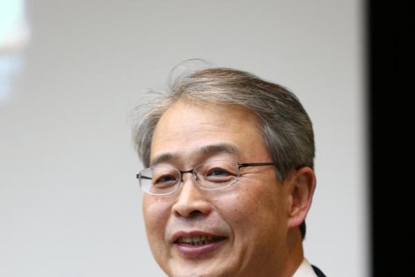 Debt is Korea's biggest economic problem: FSC