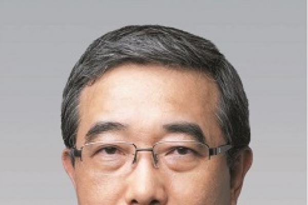 POSCO cuts number of executives by 30 percent