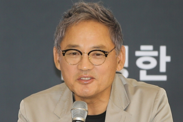 Veteran actor Yu In-chon to reprise role as Hamlet after 16 years