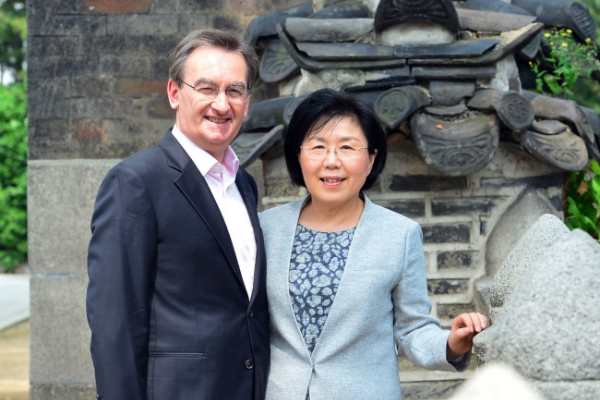 [Herald Interview] CICI chief Choi takes modern look at Korean culture