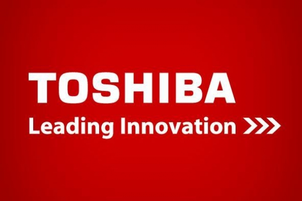 Toshiba takes on Samsung with US$14.6b investment deal