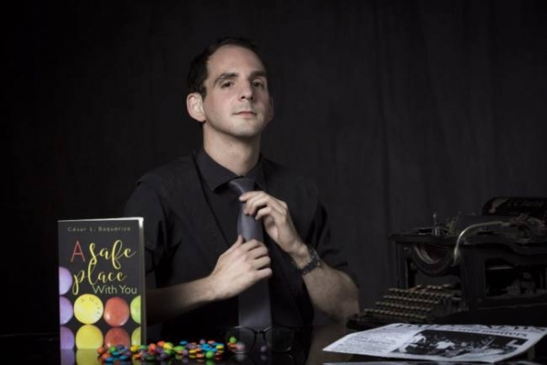 Gay Ecuadorian author overcomes barriers and publishes novel