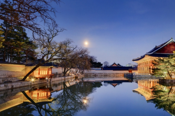Dine like a Joseon king at Gyeongbokgung