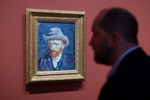 Van Gogh may have been 'bi-polar': researcher