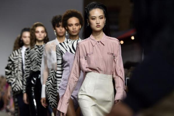 Topshop debuts faster buying at London Fashion Week