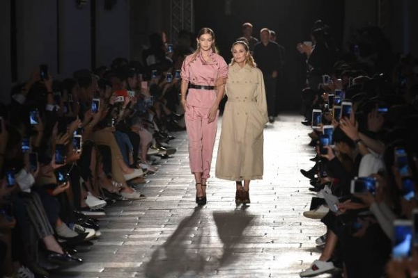 Lauren Hutton revisits 'American Gigolo' for Bottega Veneta