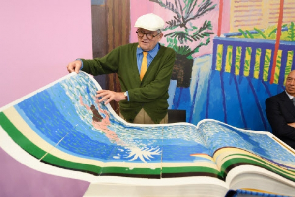 David Hockney makes splash at Frankfurt fair with 2,000-euro book