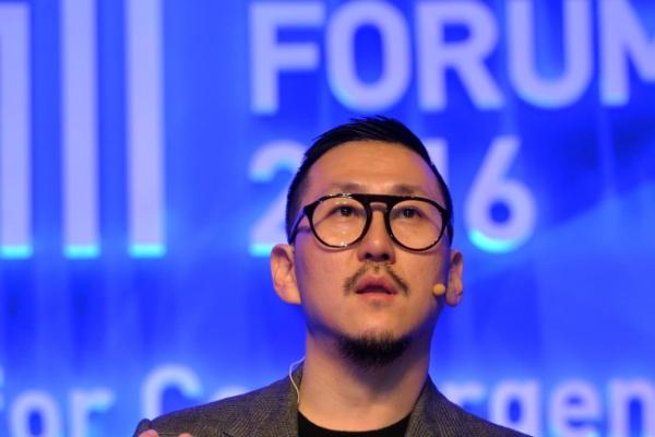 [Herald Design Forum 2016] Fashion designer Choi Eu-don embraces both art and business