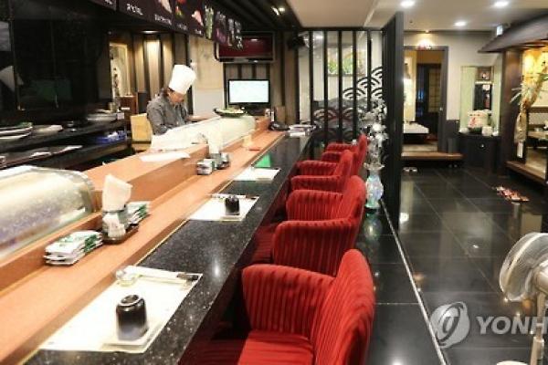 Restaurants face worsening biz conditions