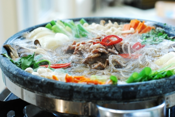 [Home Cooking] Bulgogi jeongol (hot pot)