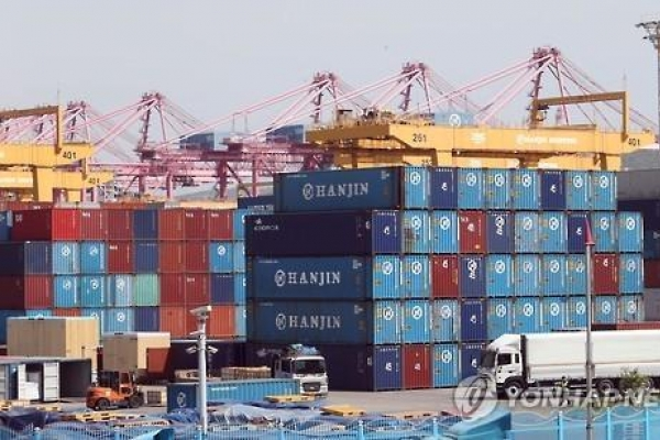 Shipping alliance reshuffle may hit Busan Port: report
