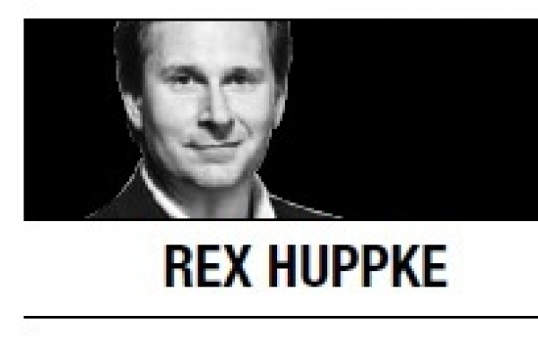 [Rex Huppke] Magic of Christmas grows as we age