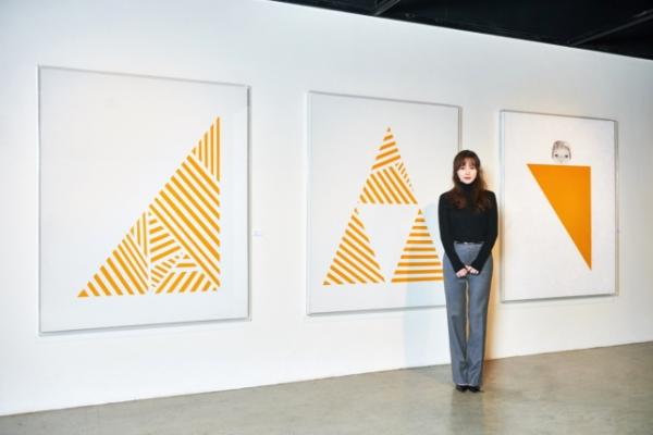 Koo Hye-sun paints fear, uncertainty in 'Dark Yellow'