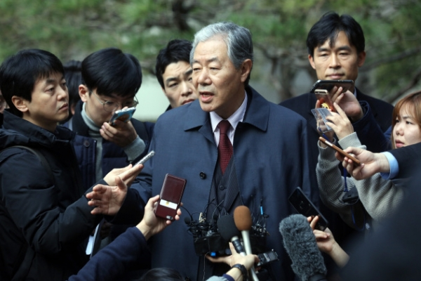 President Park's confidante to testify in court next week: lawyer
