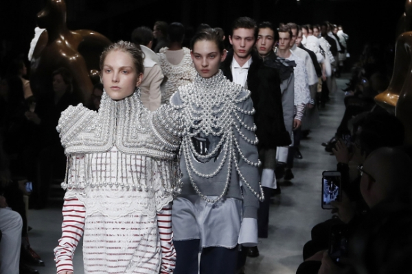 Burberry draws on sculptor Henry Moore in fashion highlight