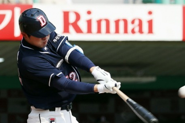 Stars of reigning baseball champions wary of hometown rival